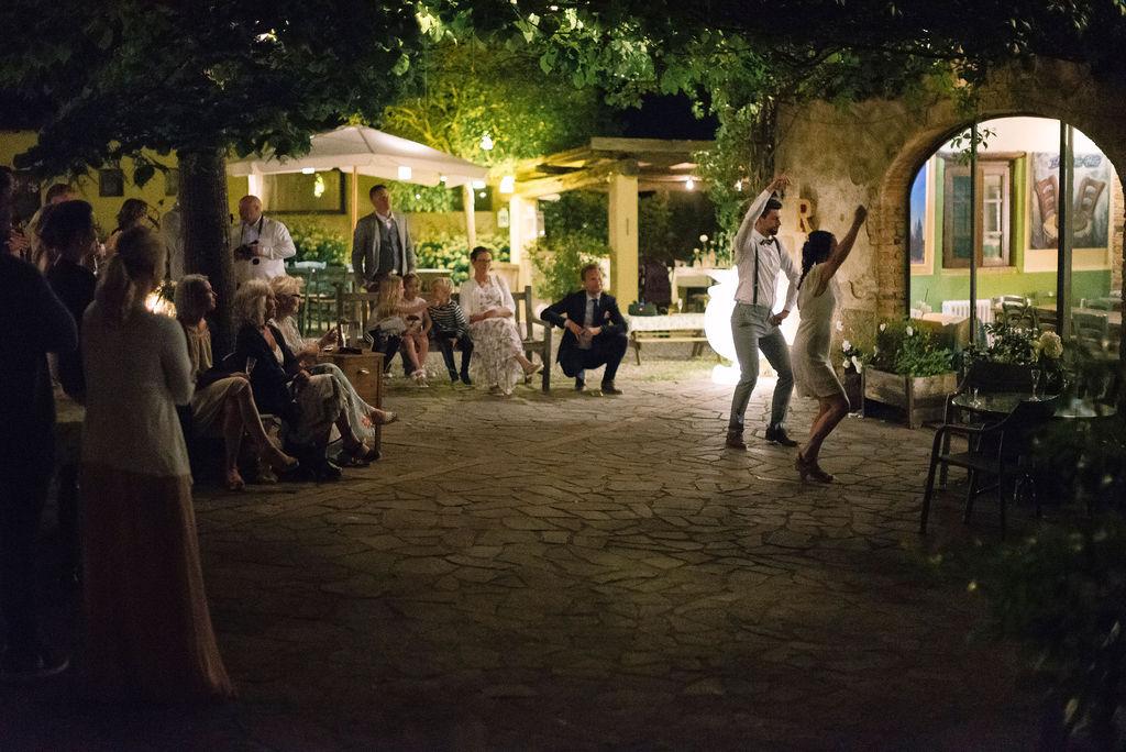 Brudvals i Toscana